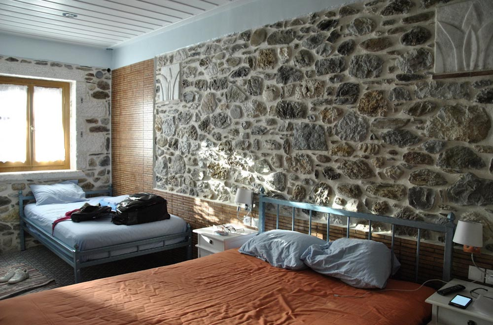 Mystras Inn rooms inside